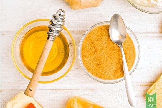Mặt nạ mật ong và đường giúp tẩy tế bào chết cho da mặt